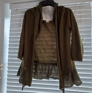 Anthropologie ruffled sweater by Canary Size Sma